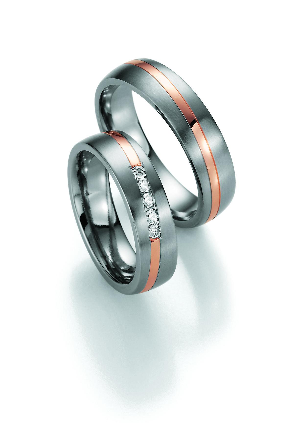 mehrfarbig Titan Trauringe & Verlobungsringe